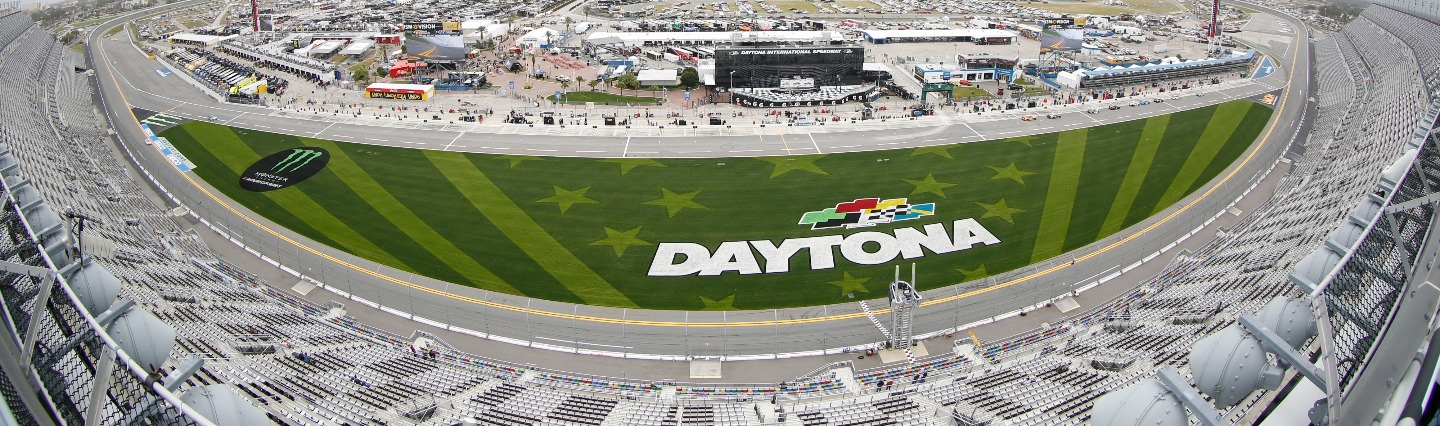 TruGreen Partners With Daytona International Speedway® Image